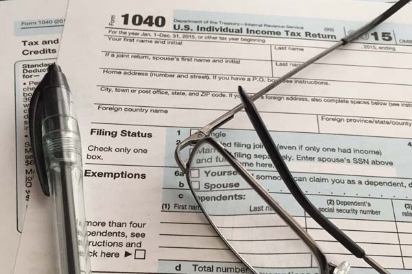 Avoid making these costly Vero Beach tax errors when filing your income taxes this year.